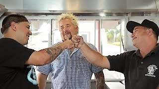 Watch Diners, Drive-Ins and Dives Season 25 Episode 6 - Soakin' Up Maui Online