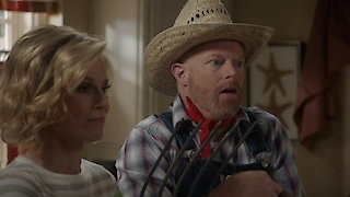 Watch Modern Family Season 8 Episode 7 - Thanksgiving Jambore... Online