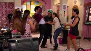 Watch Que Pobres Tan Ricos Season 1 Episode 96 - Nuevo Trabajo Online