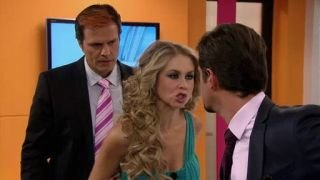 Watch Que Pobres Tan Ricos Season 1 Episode 94 - Amor Al Descubierto Online