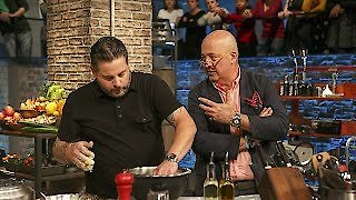 Watch Beat Bobby Flay Season 13 Episode 22 - Cracking a Win Online