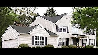 Watch House Hunters Season 107 Episode 10 - Finding a Philly Fam... Online