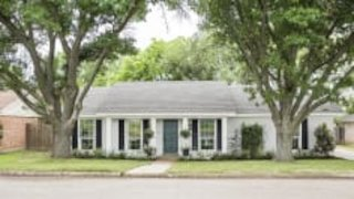 Watch Fixer Upper Season 5 Episode 8 - A Classic Tradition....Online
