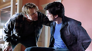 Watch Smallville Season 10 Episode 17 - Kent Online