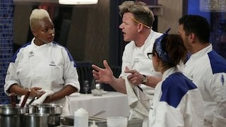 Watch Hell's Kitchen Season 15 Episode 12 - 7 Chefs Compete Online