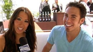 Watch Beyond the Athlete Season 1 Episode 8 - Young Hollywood Does... Online
