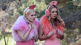Watch Scream Queens (2015) Season 2 Episode 10 - Drain the Swamp Online