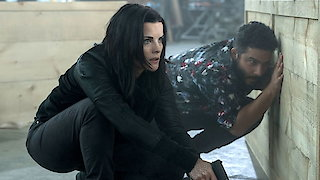 Watch Blindspot Season 3 Episode 6 - Adoring Suspect Online