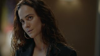 Watch Queen of the South Season 2 Episode 10 - Que Manden los Payas...Online