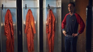Watch Misfits Season 5 Episode 8 - Wed 11 Dec 2013 Online