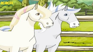 Watch Horseland Season 3 Episode 9 - Oh, Baby Online