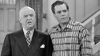 Watch I Love Lucy Season 6 Episode 18 - Lucy Raises Chickens Online