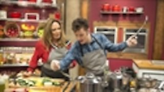 Watch Worst Cooks in America Season 12 Episode 11 - Hit Me With Your Bes...Online