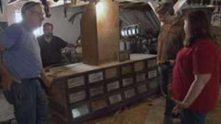 Watch American Pickers Season 9 Episode 48 - A Few Good Junk Men Online