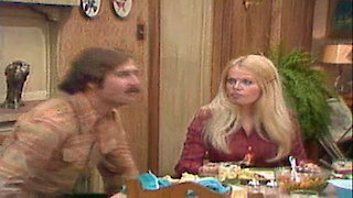 Watch All in the Family Season 5 Episode 21 - Everybody Does It Online