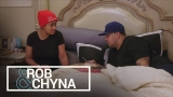 Watch Rob & Chyna - Rob & Chyna | Is Blac Chyna Hiding Something on Her Phone? | E! Online
