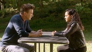 Watch MacGyver (2016) Season 2 Episode 8 - Packing Peanuts + Fi... Online