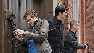 Watch MacGyver (2016) Season 2 Episode 15 - Murdoc + Handcuffs Online