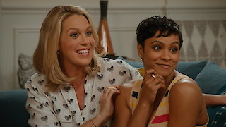Watch American Housewife Season 2 Episode 18 - The Venue Online
