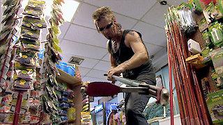 Watch Billy the Exterminator Season 6 Episode 11 - Roach Riot Online