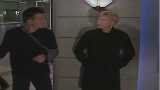 Watch La Femme Nikita Season 5 Episode 3 - In Through the Out D... Online