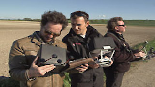 Watch Ancient Aliens Season 8 Episode 8 - Circles from the Sky Online