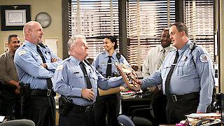 Watch Mike & Molly Season 6 Episode 1 - Cops On The Rocks Online