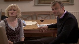 Watch Outnumbered Season 5 Episode 1 - Rites of Passage Online