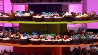 Watch Cupcake Wars Season 10 Episode 1 - Scooby Doo Cupcakes Online