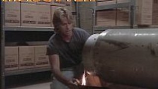 Watch MacGyver Season 7 Episode 11 - Gunz 'n' Boyz Online