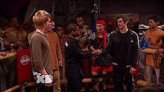 Watch Pair of Kings Season 3 Episode 16 - Thumb and Thumber Online