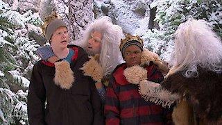Watch Pair of Kings Season 3 Episode 18 - Yeti, Set, Snow Online