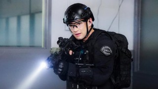 Watch S.W.A.T. Season 1 Episode 10 - Omega One Online