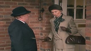 Watch Keeping up Appearances Season 2 Episode 2 - Driving Mrs Fortescu... Online