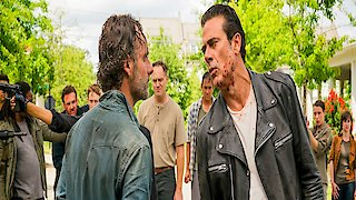 Watch The Walking Dead Season 7 Episode 8 - Hearts Still Beating Online