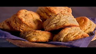 Watch Brunch @ Bobby's Season 7 Episode 5 - Bobby Loves Biscuits Online