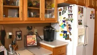 Watch I Hate My Kitchen Season 3 Episode 11 - Rustic Redo Online