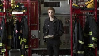 Watch Shameless Season 6 Episode 4 - Going Once, Going Tw... Online