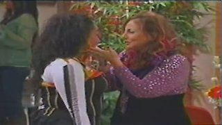 Watch That's So Raven Season 4 Episode 19 - The Dress Is Always ... Online