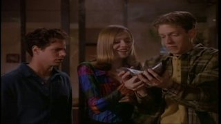 Watch Weird Science Season 5 Episode 13 - Magic Comet Ride Online