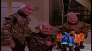 Watch Weird Science Season 5 Episode 16 - Night of the Swingin... Online