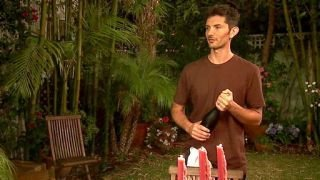 Watch Extra Virgin Season 1 Episode 8 - Lasagna to the Rescu... Online
