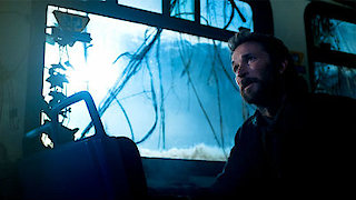 Watch Falling Skies Season 5 Episode 5 - Non-Essential Person... Online