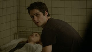 Watch Teen Wolf Season 5 Episode 14 - The Sword and the Sp... Online