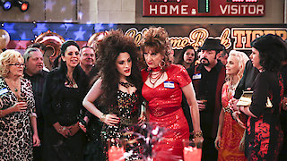 Watch 2 Broke Girls Season 5 Episode 21 - And the Ten Inches Online