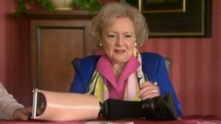 Watch Betty White's Off Their Rockers Season 1 Episode 8 - Episode 8 Online