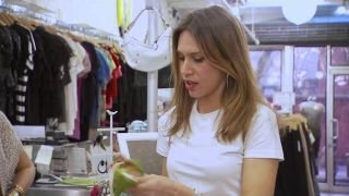 Watch Fashion Hunters Season 1 Episode 9 - Price Wars Online