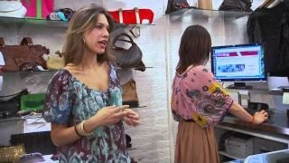 Watch Fashion Hunters Season 1 Episode 10 - Generosity Gems Online