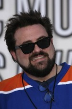 Kevin Smith 'Cries Off' 65 Pounds, Might 'Hit Somebody' With Damon & Affleck