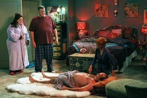 'Mike & Molly'  Season 3, Episode 2: 'Vince Takes a Bath' Recap